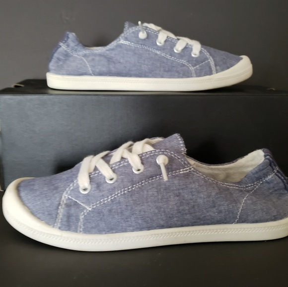 Madden Girl Shoes   Lace Up Canvas